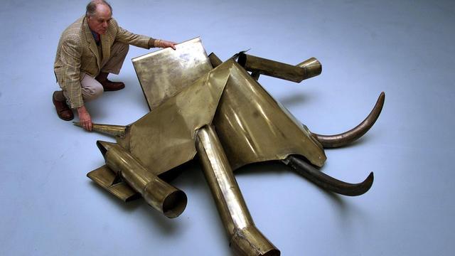 Kunstenaar Carel Visser (86) overleden