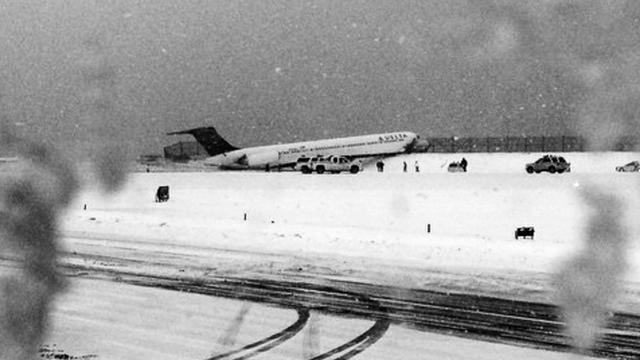Vliegveld LaGuardia in New York kort dicht na ongeluk met vliegtuig