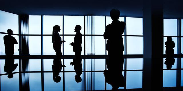 Werkloosheid daalt licht door meer vrouwen met baan