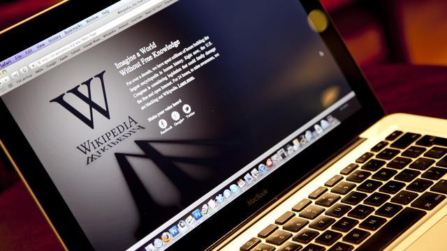 Wikipedia zet kunstmatige intelligentie in tegen terugloop vrijwilligers