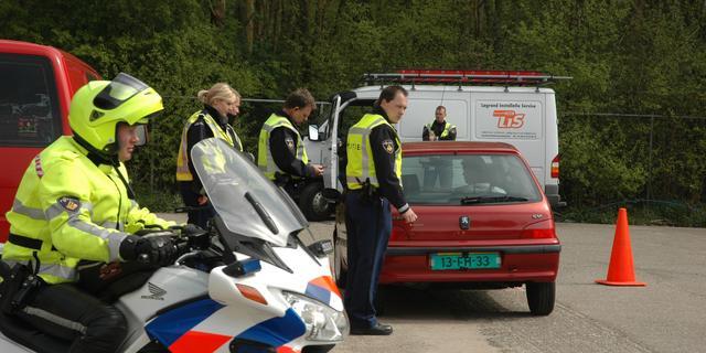 Vijftien voertuigen in beslag genomen bij transportcontrole Ritthem