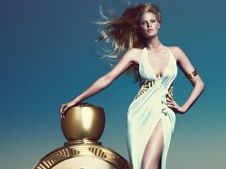 Nederlandse poseert met Amerikaans model Brian Shimansky