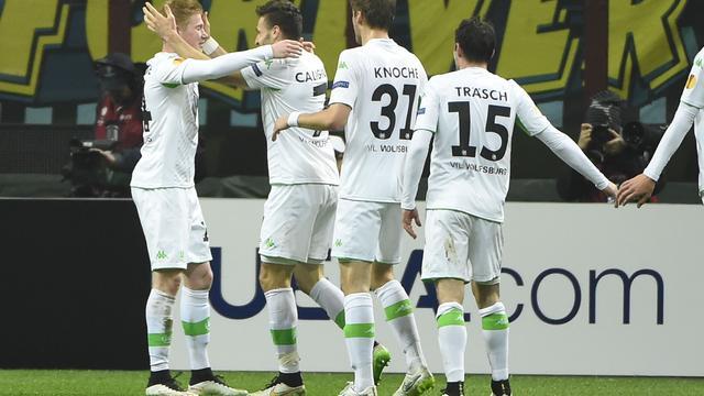 Dost met Wolfsburg naar kwartfinales, Sevilla schakelt Villarreal uit