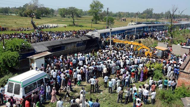 Zeker 26 doden door groot treinongeluk India