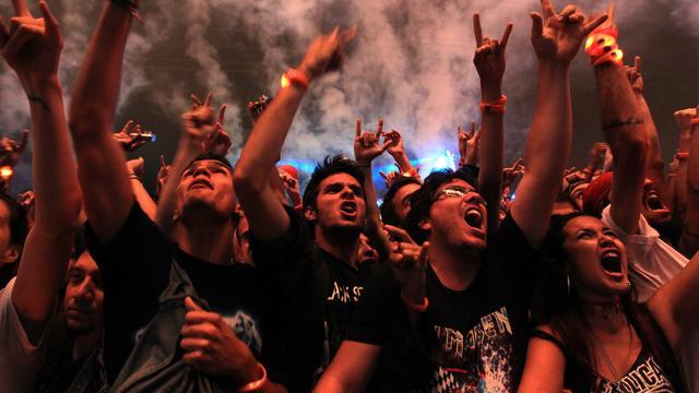 Twentse gemeenten waarschuwen voor optreden neonaziband