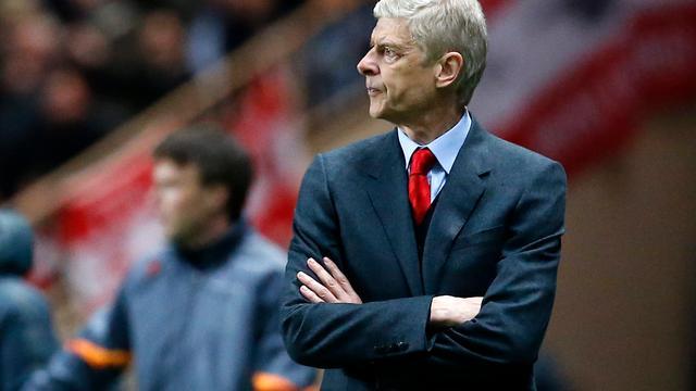 Wenger vraagt om meer respect voor arbitrage