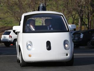Google legt fout niet bij zelfrijdende technologie