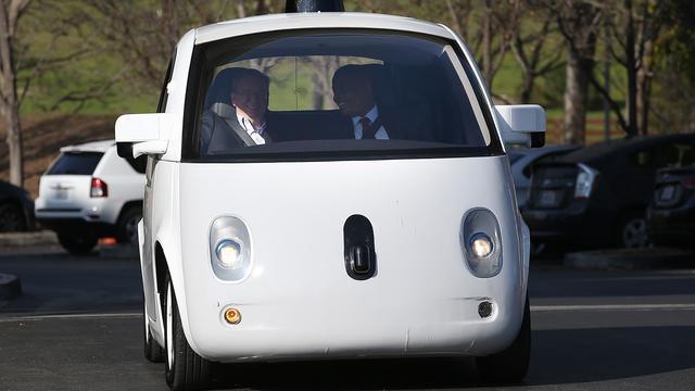 Zelfrijdende auto's Google bij elf ongelukken betrokken geweest