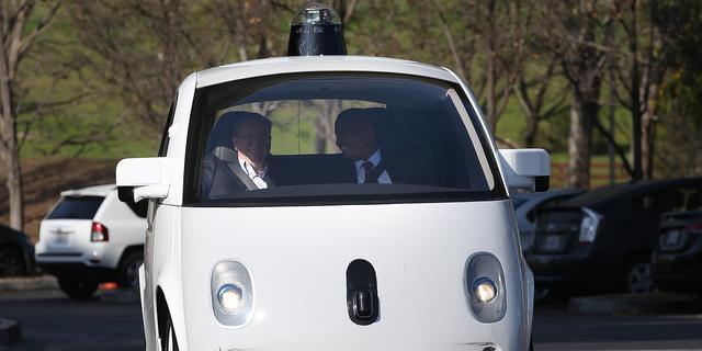 Googles eigen auto deze zomer openbare weg op