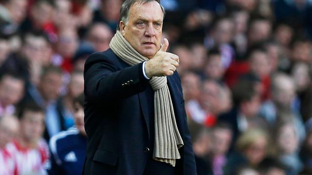 Eerste zege Advocaat met Sunderland in derby tegen Newcastle