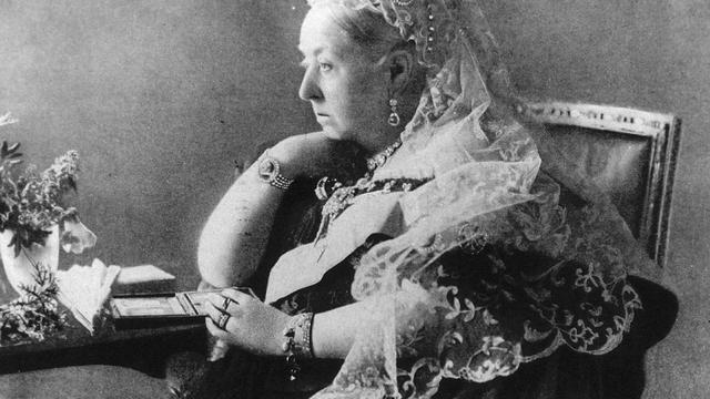 Onderbroek Koningin Victoria verkocht voor bijna 17.000 euro