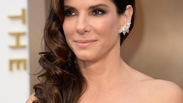 'Sandra Bullock overweegt om in het geheim te trouwen'