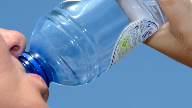 Zeeuwse gemeenten willen statiegeld op blikjes en flesjes