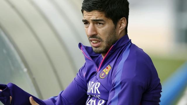 Suarez ontbreekt bij Barcelona in laatste competitieduel
