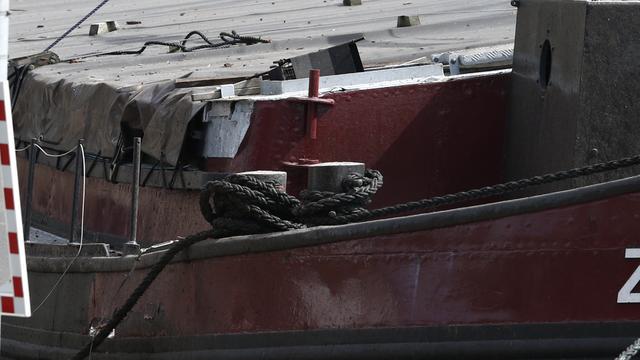 Waternet veilt boten zonder eigenaar in Amsterdam