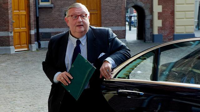 Oud-VVD-voorzitter Keizer verdacht van oplichting en valsheid in geschrifte