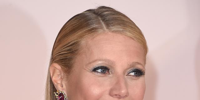Gwyneth Paltrow verlaat vakantieadres per helikopter