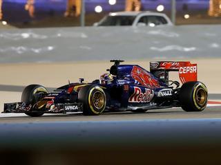Tom Coronel hoopt dat Verstappen race nu wel kan voltooien