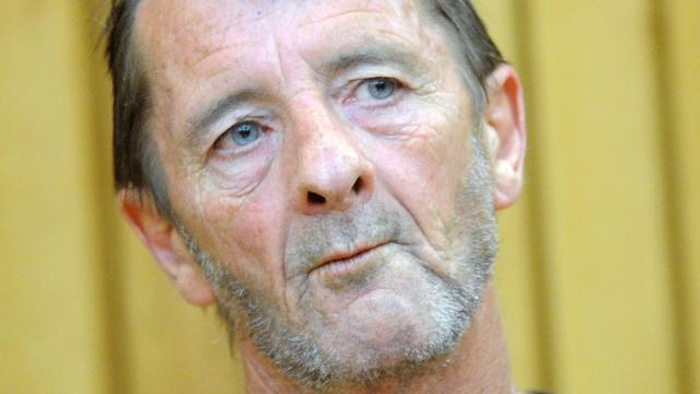 AC/DC-drummer Phil Rudd krijgt acht maanden huisarrest