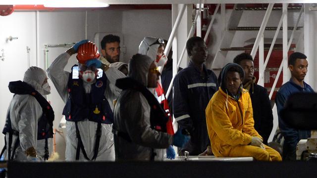 800 doden na bootramp vluchtelingen Middellandse Zee