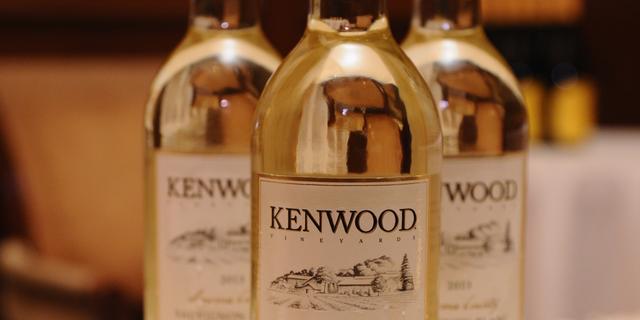 Pernod ziet licht herstel in China