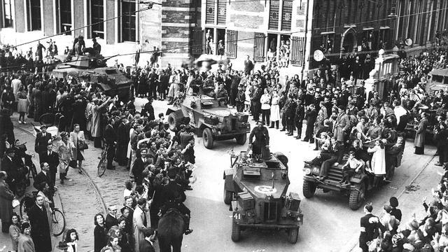 Meeste Duitsers zien einde oorlog als bevrijding