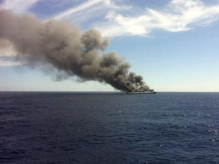 Spaanse minister bespreekt hoe kan worden voorkomen dat brandstof in zee terechtkomt
