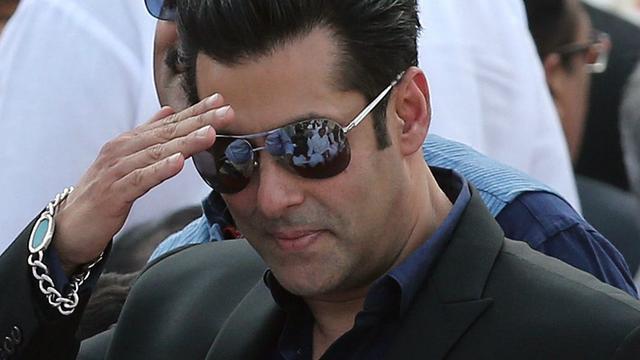 Bollywoodster Salman Khan Op Borgtocht Vrij In Stroperszaak Nu