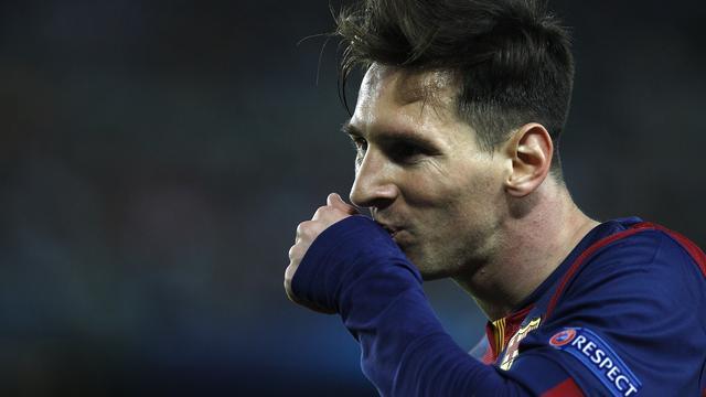 Barcelona dankzij Messi ruim langs Bayern in Champions League