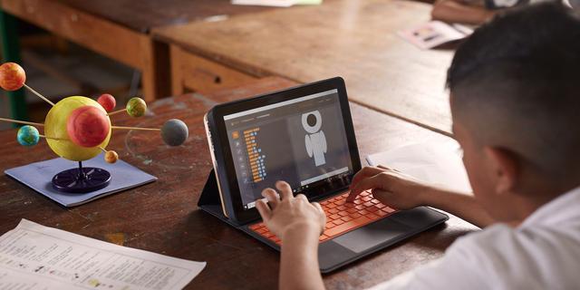 Microsoft en Kano komen met computerbouwpakket Windows voor kinderen