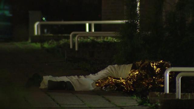 Man die ruim twee uur op granaat lag handelde in overleg met hulpdiensten
