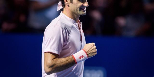 Federer plaatst zich voor veertiende keer voor finale in Basel