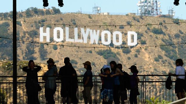 Staking scenarioschrijvers in Hollywood voorkomen door akkoord met studio's