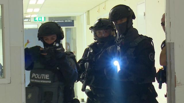 Hulpdiensten Rotterdam oefenen terreuraanslag