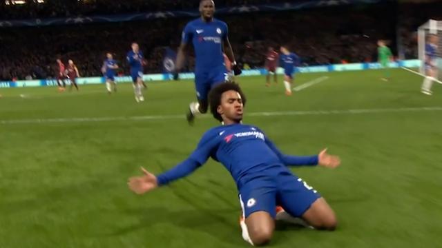 Willian zet Chelsea op voorsprong met geplaatst schot
