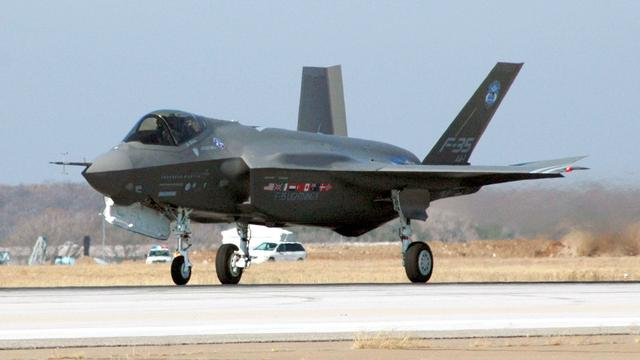 Verenigde Staten houden F-35 tijdelijk aan de grond na crash