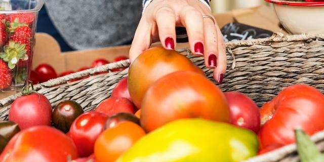 Nederlandse huishoudens verspillen steeds minder voedsel