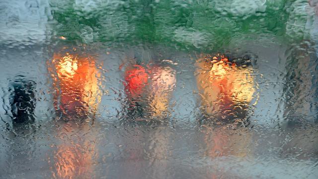 Wolkbreuk zorgt voor maandhoeveelheid regen in Vlissingen