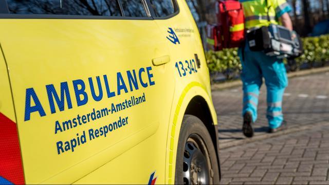 Fietser (85) overleden aan verwondingen na aanrijding in Nieuw-West