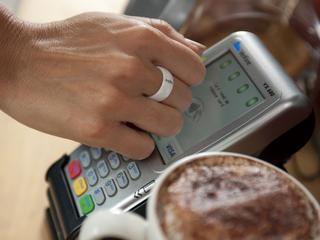 500 klanten kunnen betaal-wearable testen
