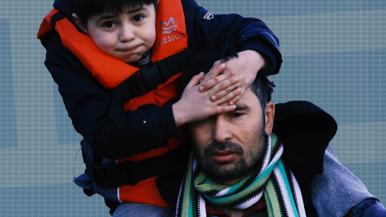 Douchen tussen de uitwerpselen: Vluchtelingencrisis op Lesbos