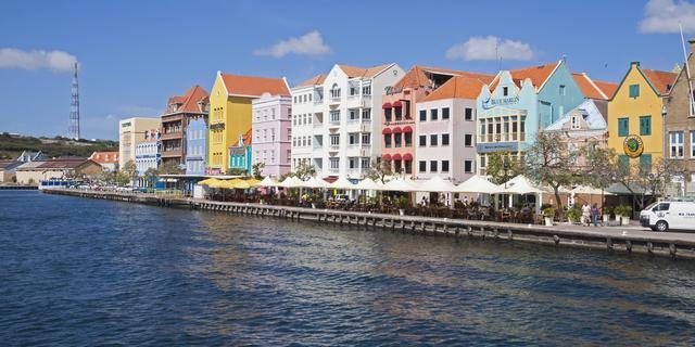 Grootste partijen Curaçao tekenen regeerakkoord