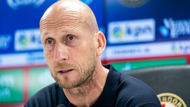 Stam hoopt dat transferperikelen Feyenoord niet afleiden tegen Tbilisi