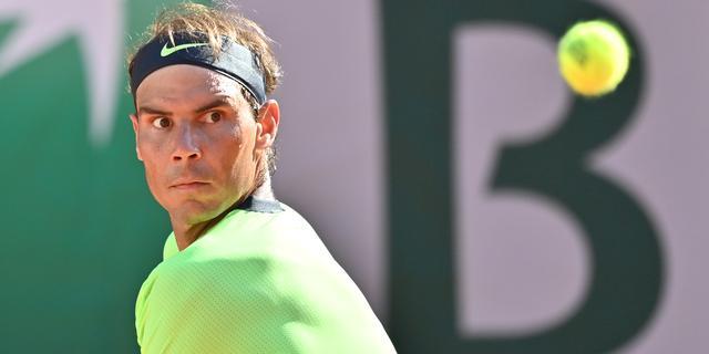 Nadal wint 35 sets op rij, Djokovic met moeite verder op Roland Garros