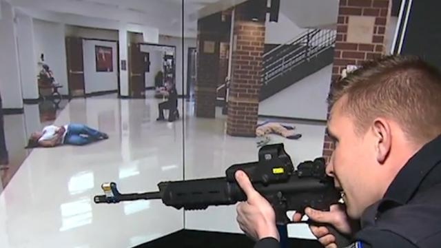 Politie Missouri bootst lokale school na voor training schietpartij
