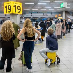 Eerste repatriëringsvluchten Nederlanders vanuit Marokko geland