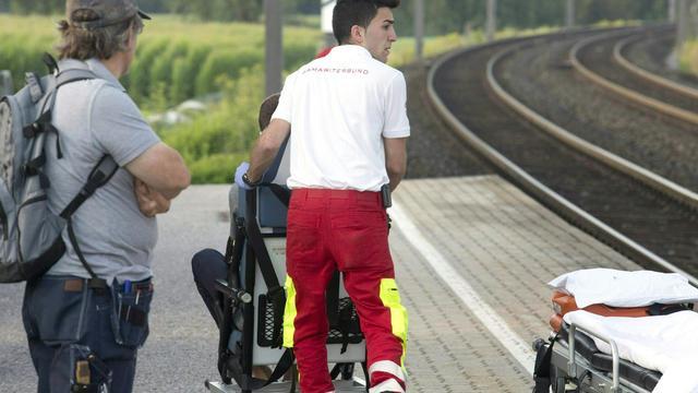 Verwarde man verwondt passagiers met mes in trein Oostenrijk