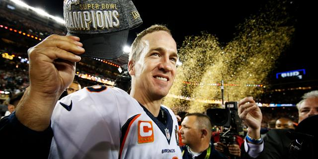 Broncos winnen derde Super Bowl door zege op Panthers