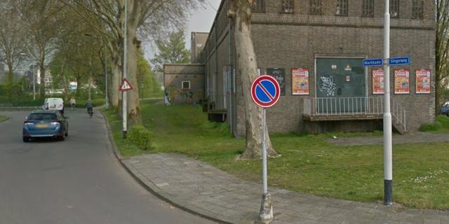 Einde aan sluipverkeer: Markkade met bomenbakken afgesloten voor automobilisten