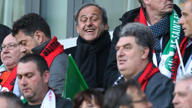 Platini hoopt dat schorsing wordt opgeheven na vrijspraak Zwitserse justitie